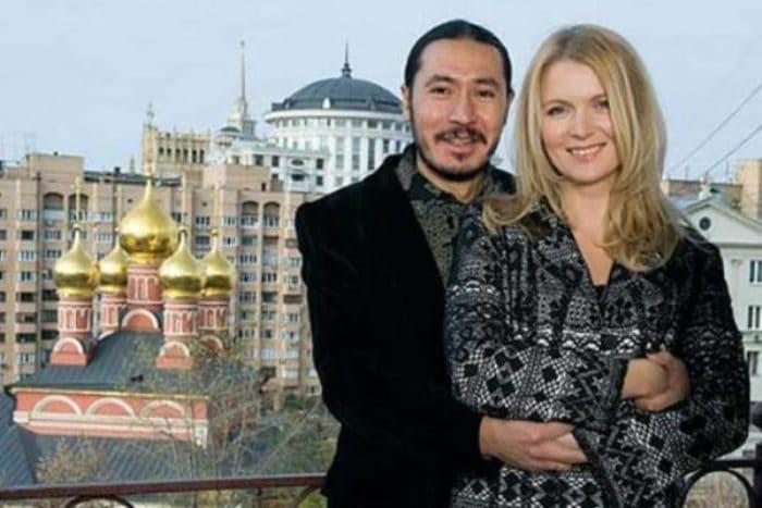 Анастасия Немоляева с мужем | Фото: zakulisi.ru