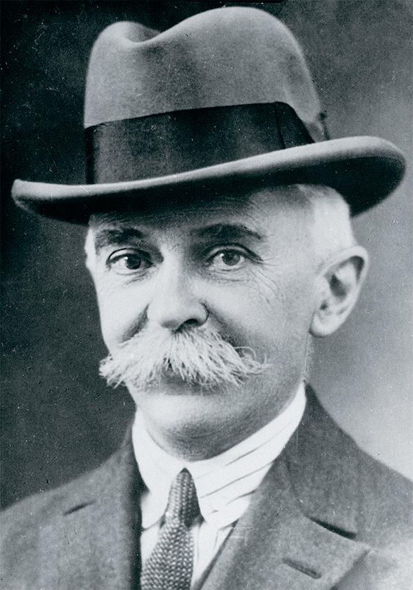 Пьер де Кубертен, основатель современных Олимпийских игр 46-02.jpg