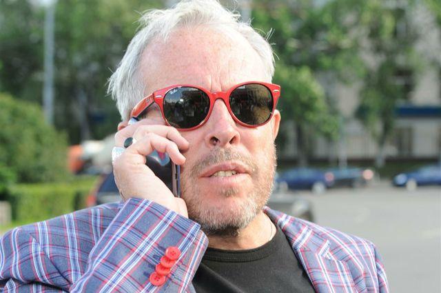 Макаревич считает, что россиян превращают в «злобных дебилов»