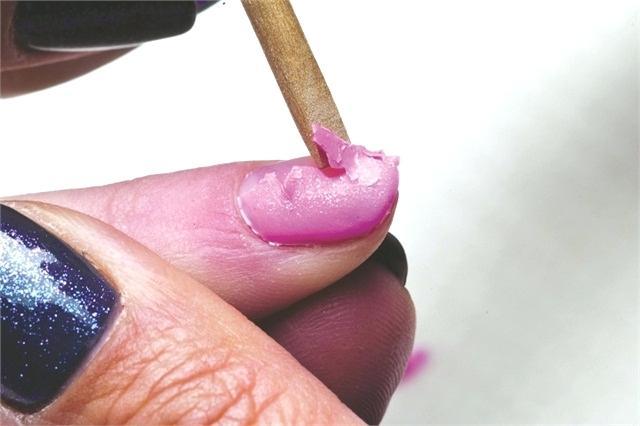 Как снять гель-лак с нарощенных ногтей: пошаговая инструкция, особенности, советы