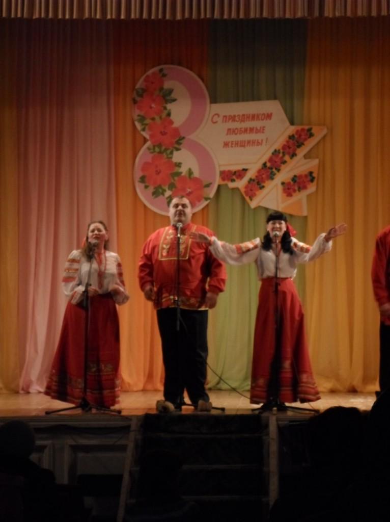 """Поздравление """"Пучежских узоров"""". 6.03.2014."""