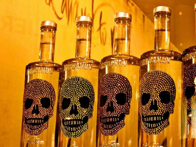 Нелегальный алкоголь предлагается уничтожать без решения суда