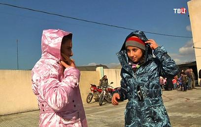Россия доставила в сирийскую Латакию партию зимней одежды