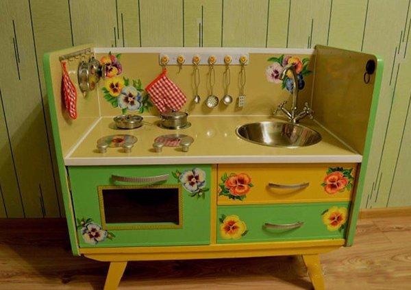 Кухонный уголок из старого трюмо