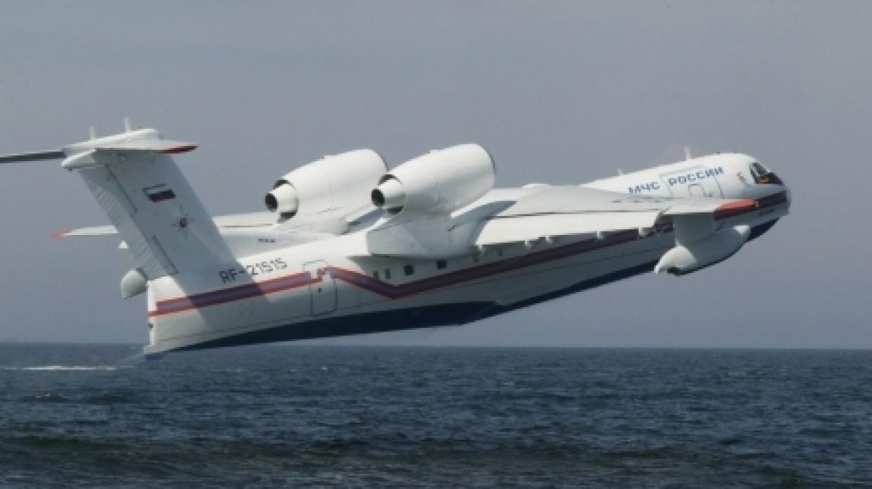 Авиацию МЧС направили в охваченные лесным пожаром районы Челябинской области Происшествия