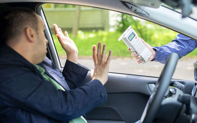 8 главных ошибок водителей, когда их останавливает ДПС авто и мото,автоновости,гибдд