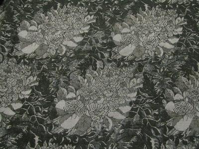 Платье в хризантемах