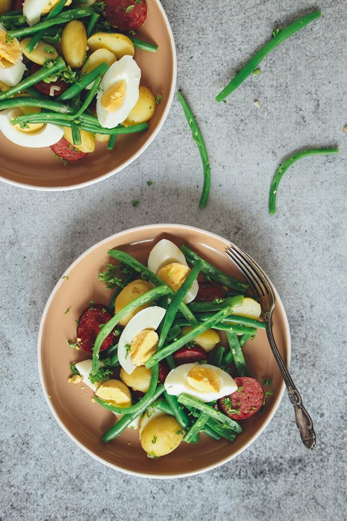 Салат из зеленой фасоли с яйцами: выбор рецептов и советы по приготовлению