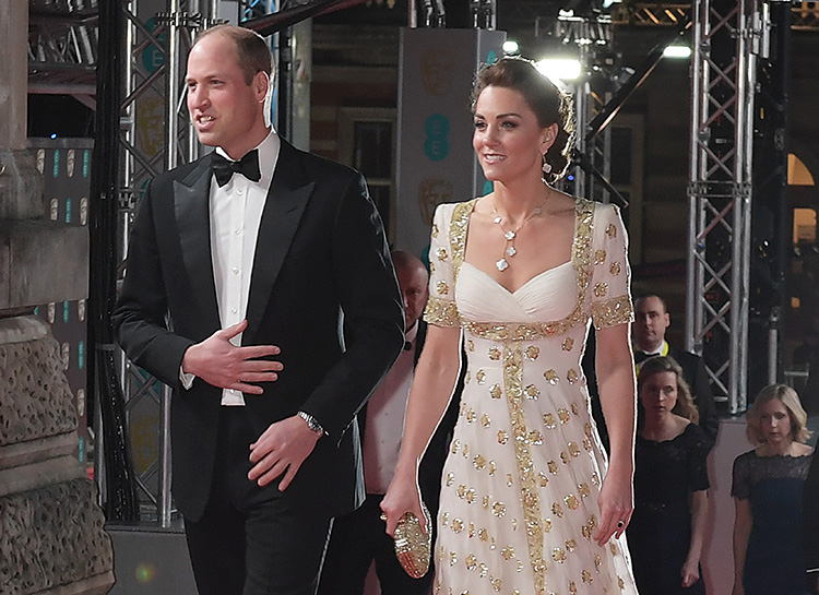 Кейт Миддлтон в белоснежно-золотом платье и принц Уильям на премии BAFTA
