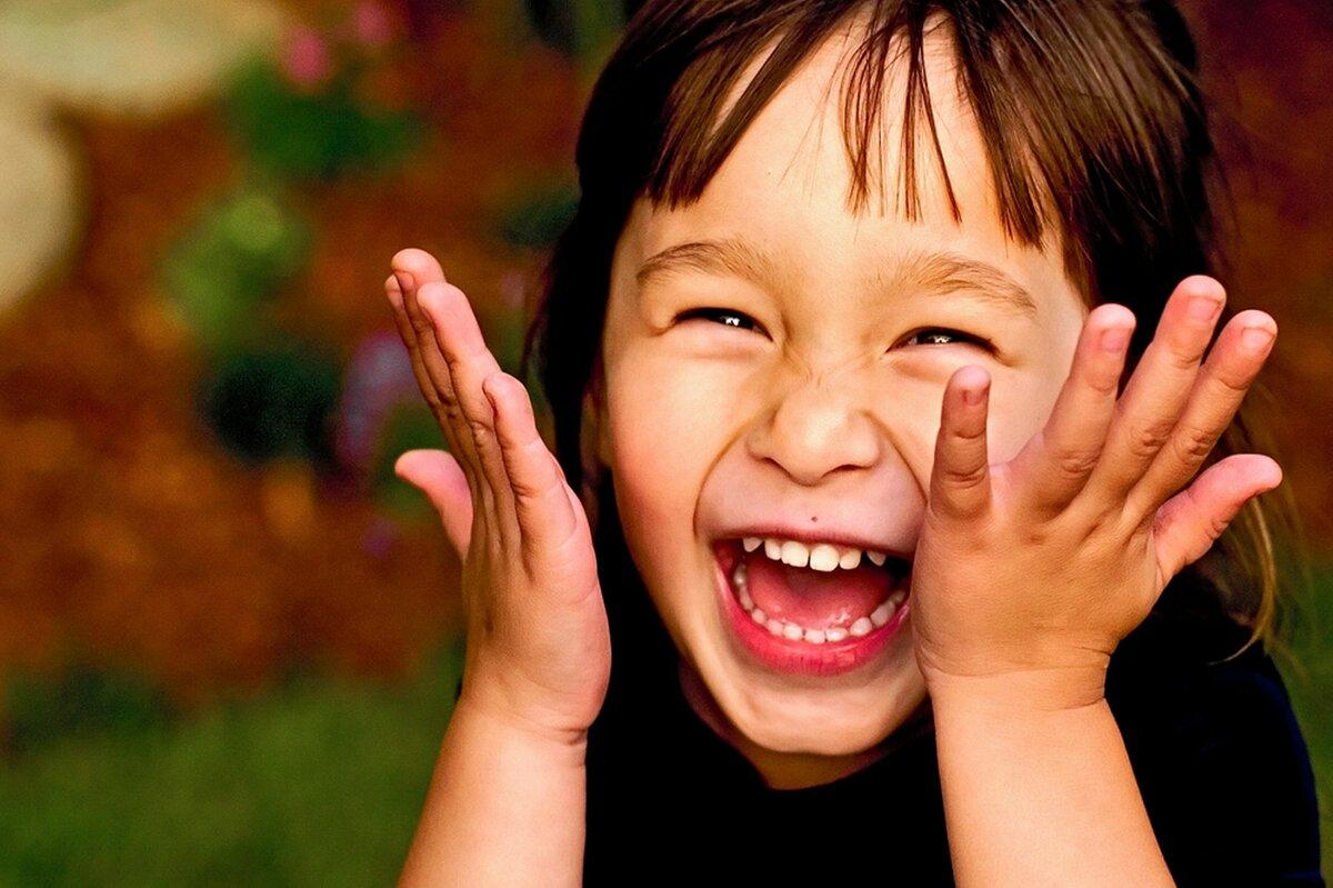 фото смешных улыбок людей этих точек используется