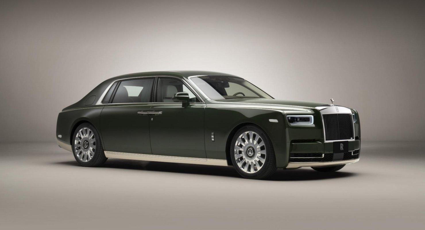 Показан Rolls-Royce Phantom, в создании которого участвовал дом моды Hermes Автомобили