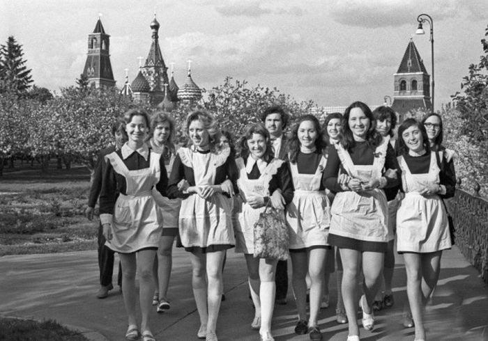 Советские школьницы