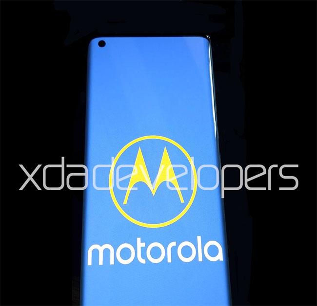Смартфон Motorola One 2020 получит быстрый дисплей и флагманский чипсет новости,смартфон,статья