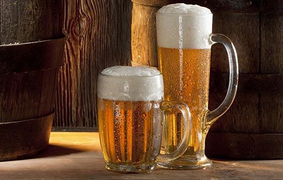 Вкус пива зависит от того, во что оно налито