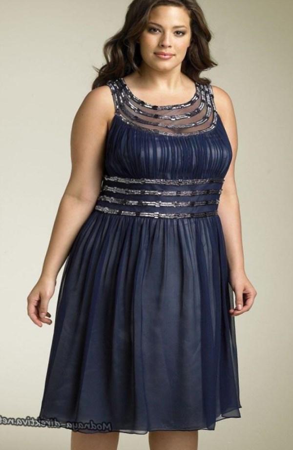 Различные модели и фасоны шифоновых платьев можно встретить в летних коллекциях от именитых модельеров. Наряды различаются по цветовой гамме, длине, фасону и модели. Поэтому ни одна девушка не останется равнодушной к платью из шифона.
