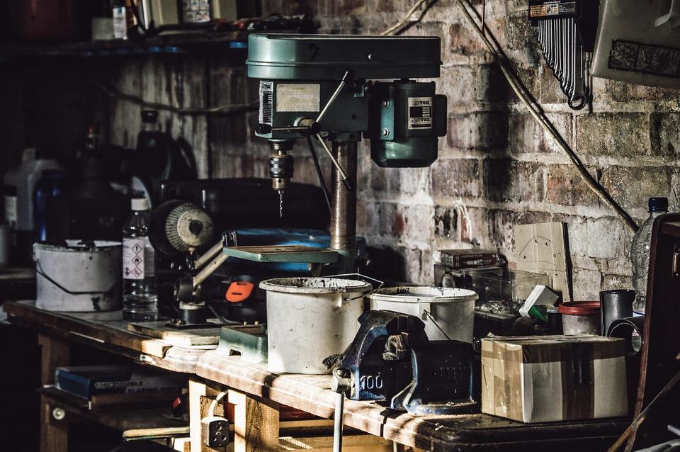 В Новосибирске резко подешевели гаражи