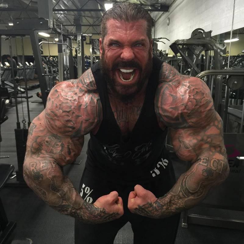 Как выглядит бодибилдер из США, более 30 лет принимающий стероиды