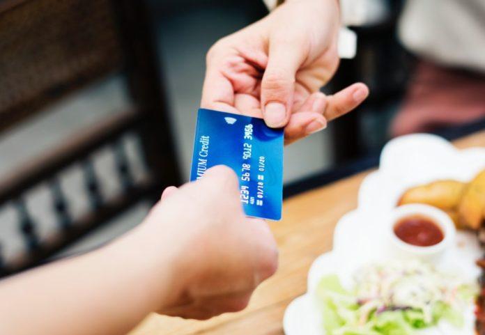 Как настроить онлайн-банк, чтобы вас не могли обворовать