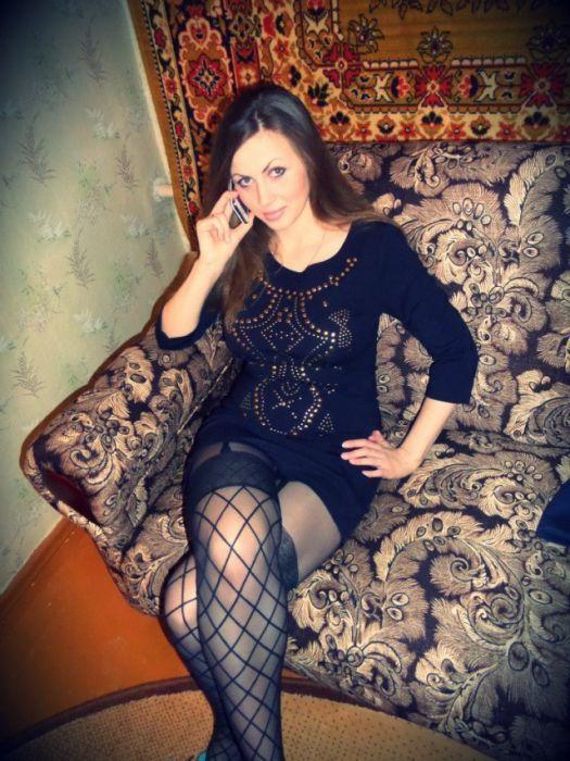 foto-russkih-devushek-v-domashney-obstanovke