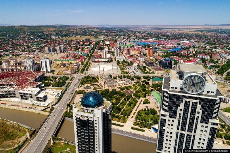 Город-сказка: фотограф из Новосибирска запечатлел восстановленный Грозный города,Россия,туризм