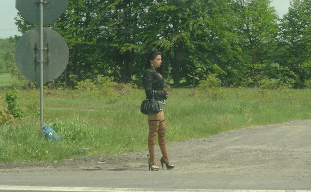 где на трассе найти праститутку в мариуполе