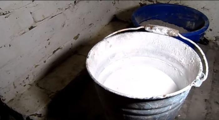 Как обычная зола может заменить цемент и стать жаропонижающим раствором