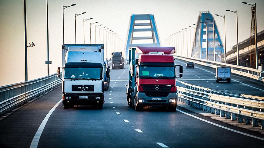 К Крымскому мосту подведут трассу за 100 миллиардов рублей