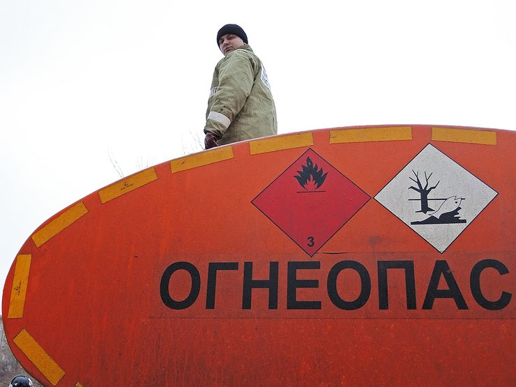 Запасайтесь бензином: ГИБДД оставляет без топлива все российские АЗС