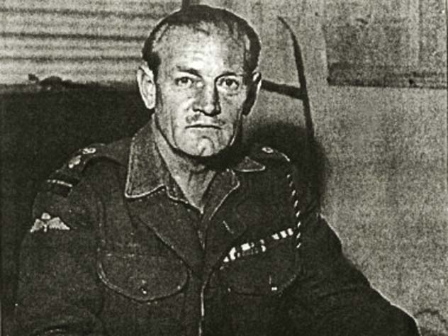 Как Черчилль сражался на Второй мировой с луком и мечом в руках