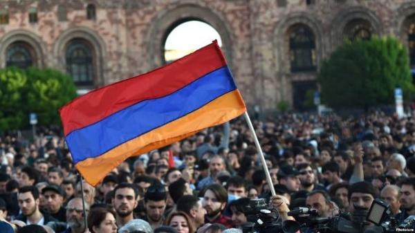 Отставка Сержа Саргсяна: Армению ждут новые выборы главы правительства