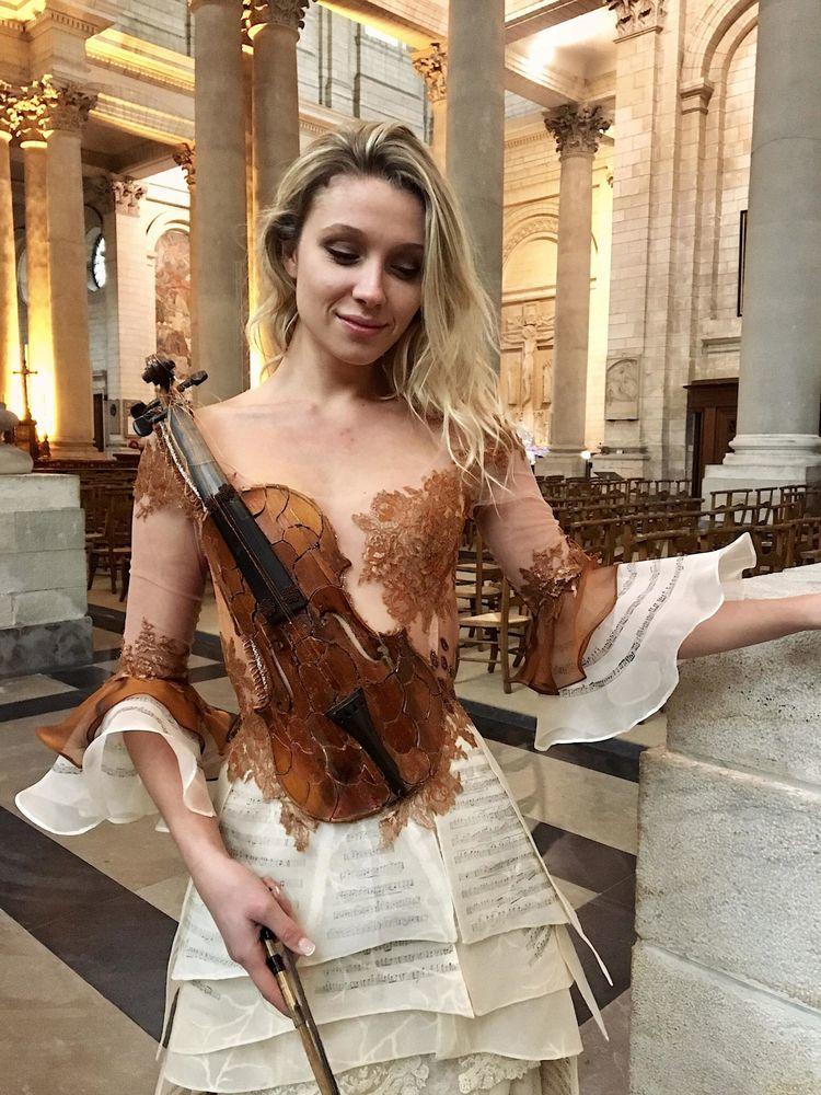 Француженка Sylvie Facon создает платья, которые поражают даже видавших виды людей, фото № 10