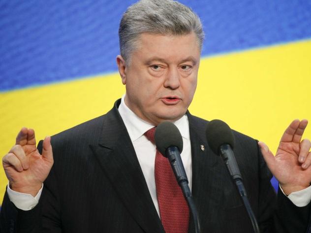 Депутат Рады: Нашим украинцам можно бесконечно вешать лапшу