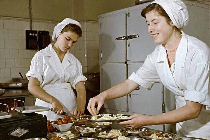 Делаем котлеты, по рецепту школьной  столовой СССР : секрет загадочного блюда Полезное,СССР