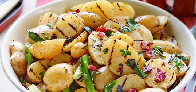 запечь картошку на мангале
