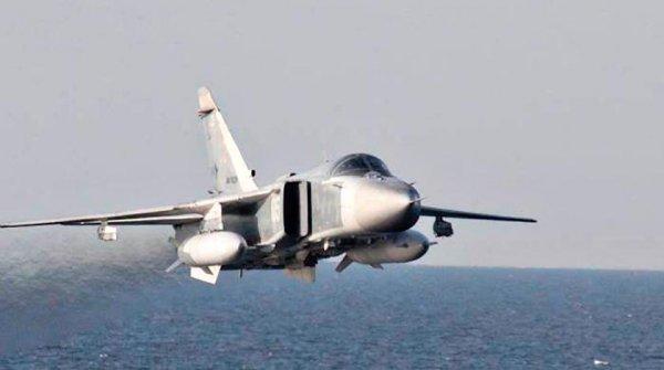 Боевики сбили Су-24 в Сирии: Самолет сгорел еще в воздухе