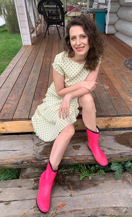 """Ксения Собчак, Баста, Марианна Максимовская и другие звезды посетили онлайн-премьеру фильма """"Дау. Смелые люди"""" Светская жизнь"""