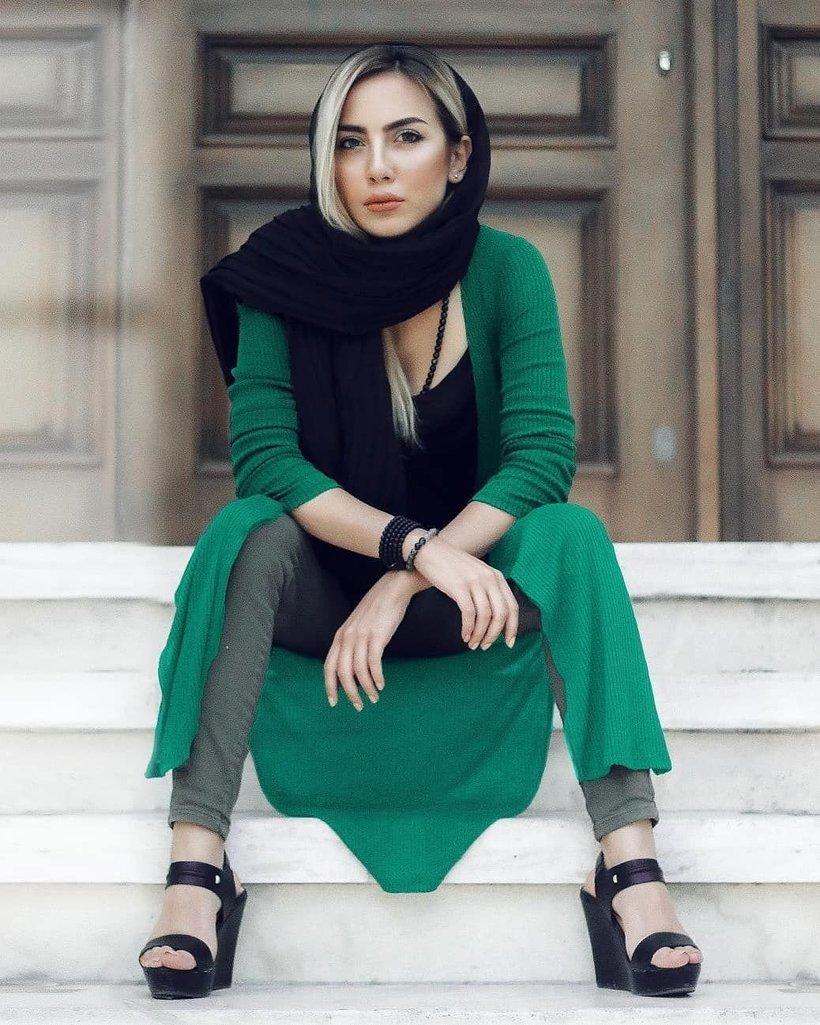 Как проходят границу исламские женщины, которым запрещено показывать свое лицо некоторых, мусульманских, контроля, случае, паранджу, странах, приверженцев, стоит, полностью, может, исламских, женщин, нарядах, Пройдя, путешествующая, мусульманка, интересноСчитается, попадает, помещение, которое