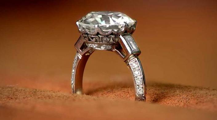 О лучших друзьях девушек – бриллиантах