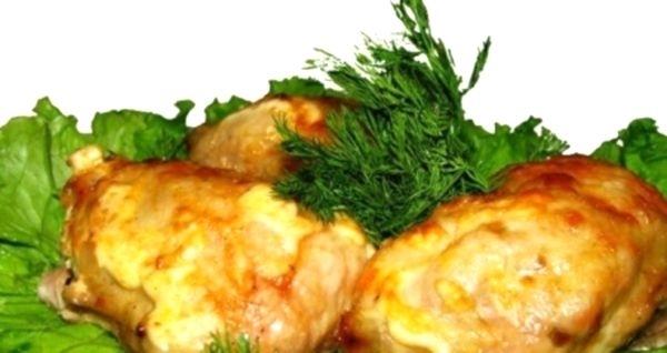 Курица под сыром из духовки: рецепт