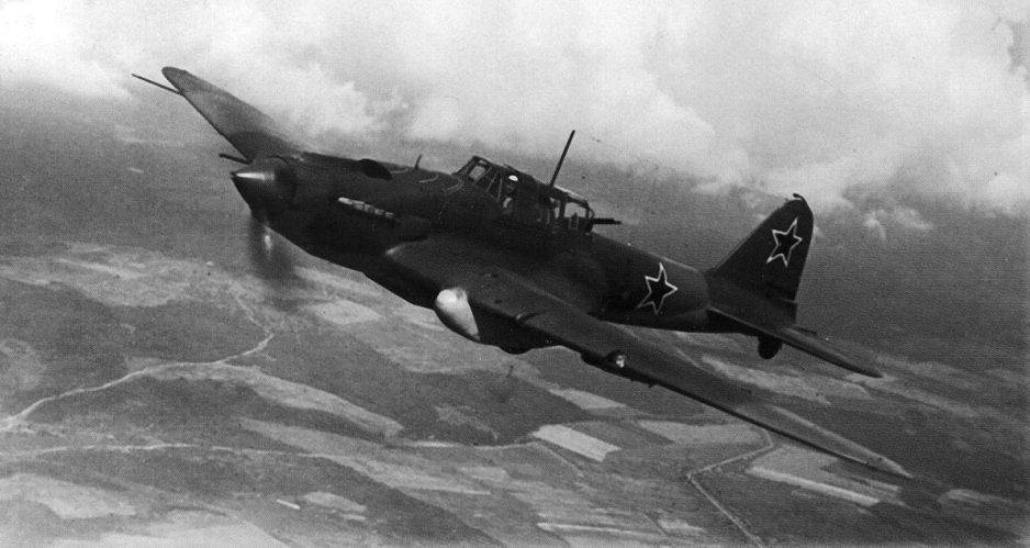 Ил-2, подбитый танковой «болванкой» немцев история