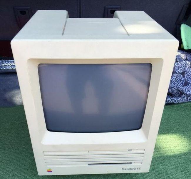 Macintosh SE с сюрпризом игра, компьютер, макинтош, порно
