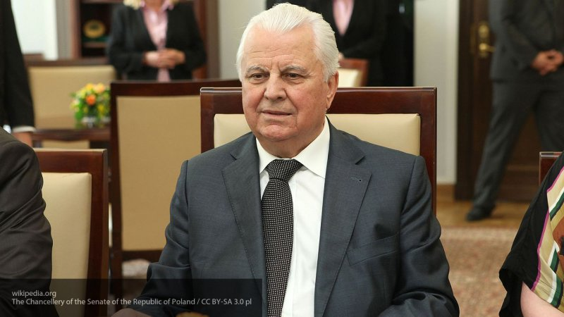 Депутат Госсовета Крыма объяснил причины критики гимна Украины экс-президентом страны