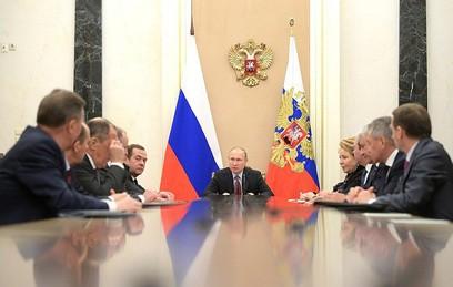 Путин обсудил с членами Совбеза отношения с Великобританией