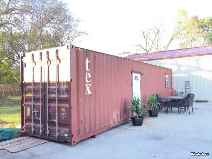 Комфортное жилье в грузовом контейнере