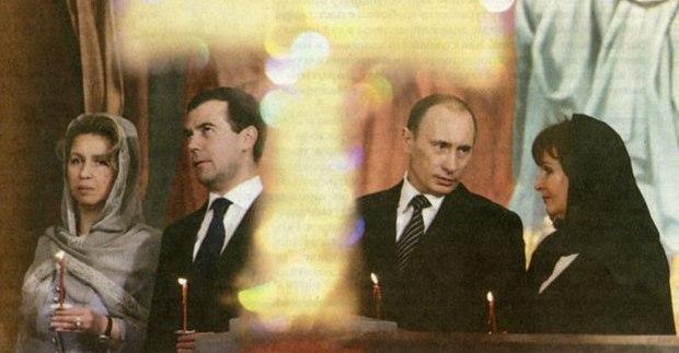 Однажды Людмила Путина пришла на Пасхальное богослужение в трауре. Почему?