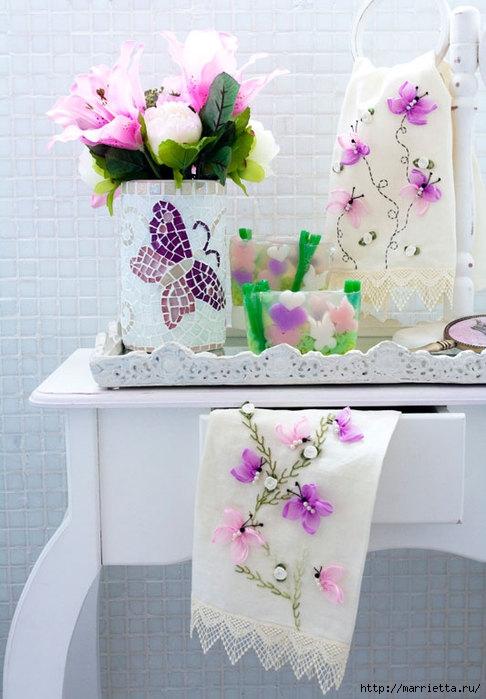 Очень нежная вышивка лентами. Такими бабочками можно украсить все, что угодно!