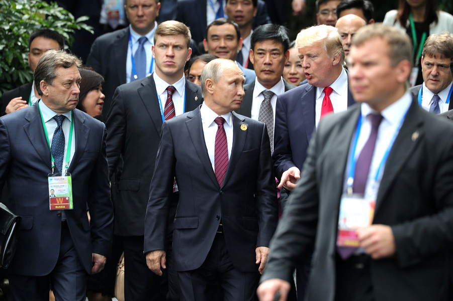 Трампу влетело за Путина