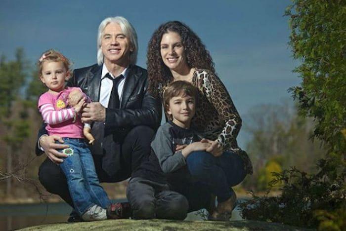 Артист со второй женой и детьми | Фото: 24tv.ua