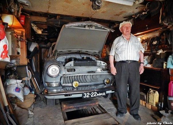 """Автомобиль ГАЗ-21 """"Волга"""" и его единственный на протяжении 51 года хозяин"""