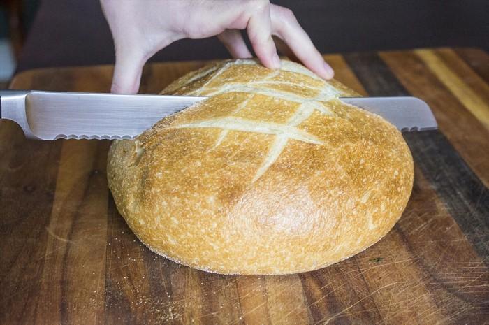 Как сохранить хлеб свежим максимально долго